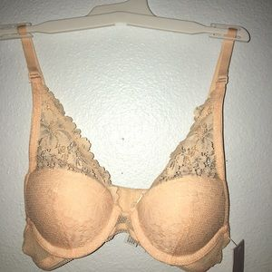 NEW AUDEN PUSH-UP BRA